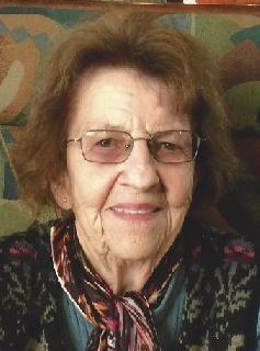 Mme Estelle Côté