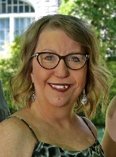 Mme Nancie Charron