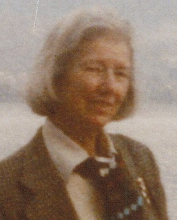 Mme Suzanne Courville Loslier