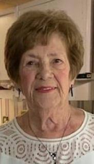 Mme Jeannine Auger Paquin
