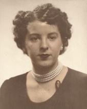 Mme Jacqueline Therrien Grenier